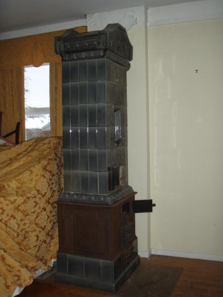 antik kakkelovn