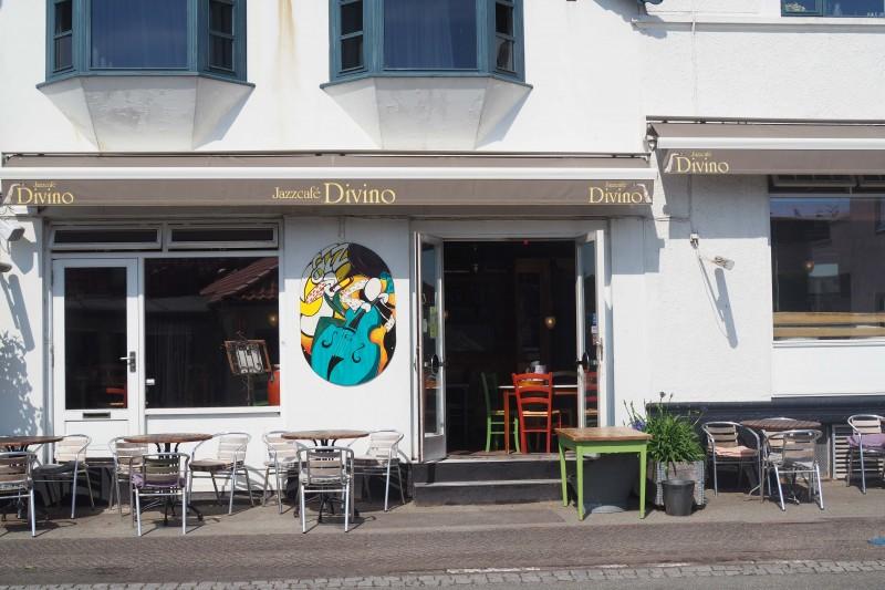 Jazzskilt Divino facade